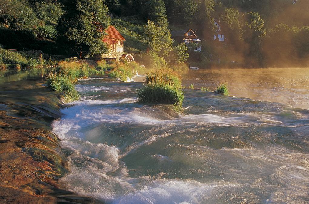 mrežnica, river, waterfall, lake