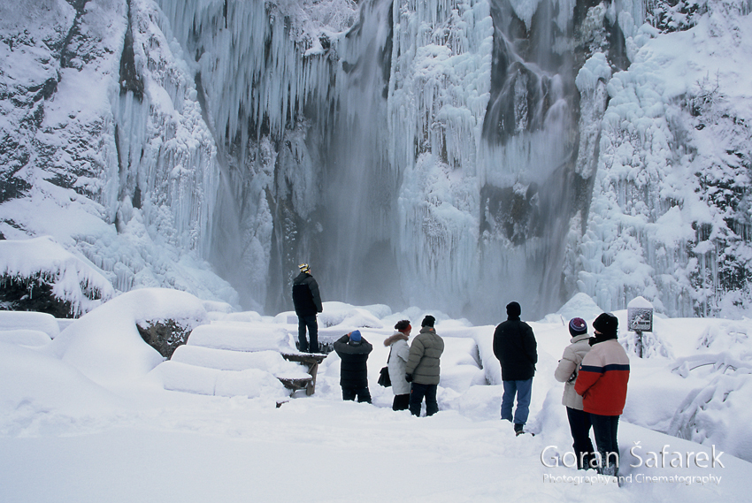 plitvic lakes, plitvička jezera, winter, frozen, waterfall, croatia, lika, snow, ice
