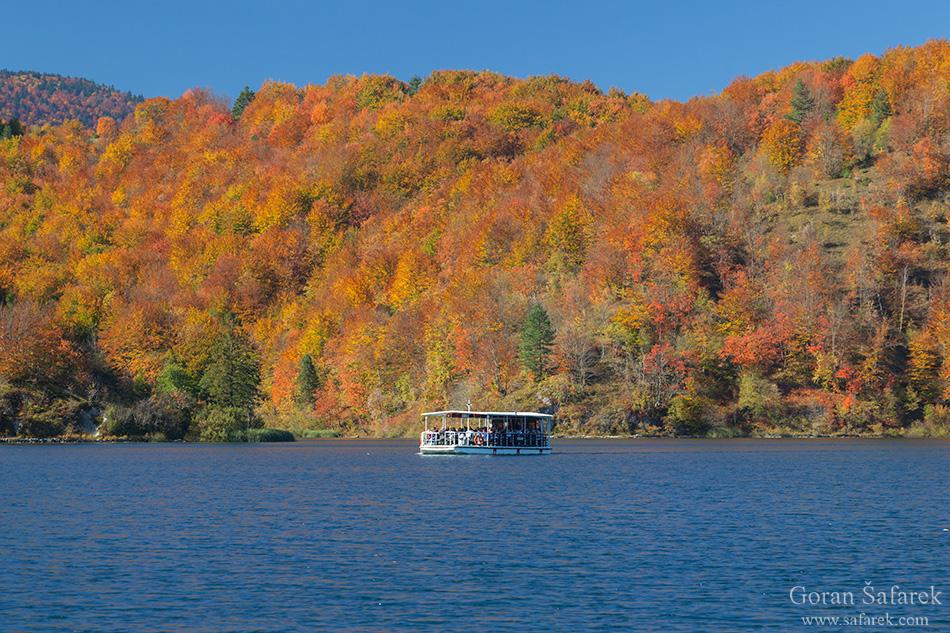 plitvice lakes, plitvička jezera, autumn, fall, waterfall, national park, croatia, lika,leaves